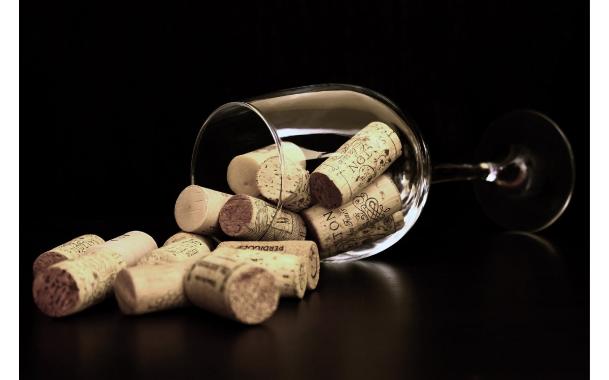 Cork in wine. How to choose the right one?